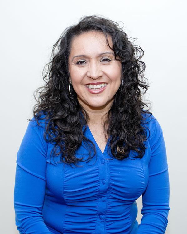 Lourdes Espinoza